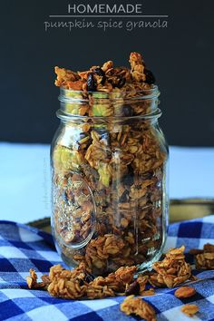 Homemade Pumpkin Spice Granola ... just go ahead and make a double batch of this its addicting! | www.joyfulhealthyeats.com #pumpkin #fall #recipes