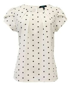 Another great find on Cream & Black Polka Dot Tulip Top by Fever London Kurta Designs, Blouse Designs, Sewing Clothes Women, Sewing Blouses, Blouse Styles, Cute Tops, Blouses For Women, Fashion Dresses, My Style