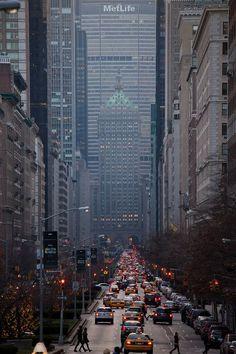 Edificio MetLife antiguamente Pan Am Building, nº 200  Park Avenue, Mahattan,  58 plantas, 246 m de altura, diseñado por Emery Roth & Sons.: