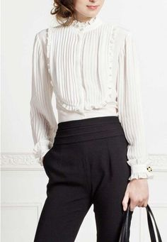 The Anne Fontaine collection features iconic white shirts, elegant dresses, and classic looks for women to wear to work - all marked by French design and European craftsmanship. Modele Hijab, Victorian Blouse, Vintage Blouse, White Shirts, White Blouses, Work Attire, Work Fashion, Elegant Dresses, Blouses For Women