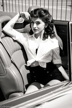 Lauren at the 2001 Good Guys Del Mar National Car Show #photography #pinup