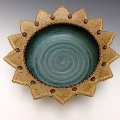 Sunflower Bowl serving bowl