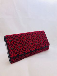 Handmade Wallets, Handmade Gifts, Palestinian Embroidery, Loom Weaving, Cross Stitch, Trending Outfits, Unique Jewelry, Red, Etsy