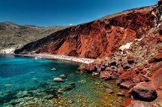 The Most Beautiful Beaches in Greece-Red Beach in Santorini Red Beach Santorini, Santorini Beaches, Santorini Grecia, Things To Do In Santorini, Santorini Travel, Santorini Island, Akrotiri Santorini, Patras, Black Sand Beach Hawaii