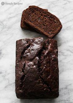 Tender, chocolatey chocolate banana bread! Double chocolate with cocoa and chocolate chips. #BananaBread #Chocolate #ChocolateBananaBread #Banana #Dessert