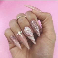 Want some ideas for wedding nail polish designs? This article is a collection of our favorite nail polish designs for your special day. Dope Nails, Bling Nails, My Nails, Perfect Nails, Gorgeous Nails, Pretty Nails, Amazing Nails, Asian Nails, Natural Almond Nails