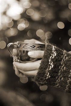 almost every winter day begins with big sweaters and a cup of tea!