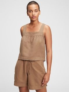 This adorable mix and match cotton linen set is a beautiful neutral tan color also comes in black and is the perfect summer capsule wardrboe set for your summer style needs. The cropped tank and matching drawstring shorts are flattering on all. A must-have trend for summer 2021. Cropped Tank Top, Crop Tank, Tank Tops, Classic Style, Style Me, Gap, Brown Tie, Traditional Fashion, Petite Size