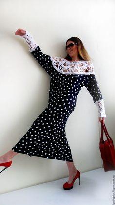 Купить или заказать Платье в стиле бохо шик 'Милые дни5' в интернет-магазине на Ярмарке Мастеров. Милые дни, Мы здесь одни. Вот и каникулы в Риме, Были, ушли сладкие дни. Как один миг пролетели. зарезервировано Платье из итальянского вискозного трикотажа в горох с подвязами из хлопка . Платье прямого кроя с разрезом сбоку для удобства движения. Можно носить с ремешком.