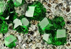 25 Extremely Beautiful Minerals And Stones | Zorrotek