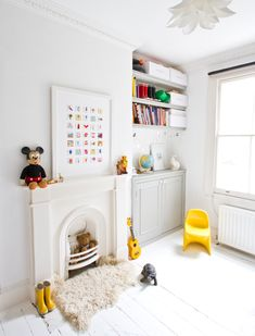 the little square gallery children's art collection - white room with pops of colour Interior Design Blogs, Room Interior, Interior Inspiration, Room Inspiration, Deco Originale, Home And Deco, Kid Spaces, Girls Bedroom, Childrens Bedroom