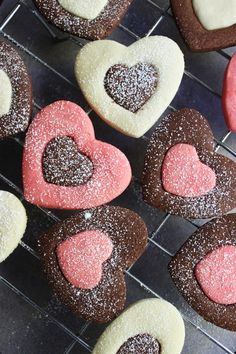 Valentine Heart Cookies. Aw, I love this idea of switching out colors. Sweet!