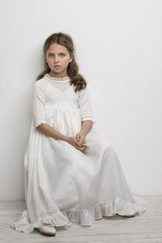 1047fe179cfd2b1 vestido-comunion-9 Первое Причастие, Обувь Для Девочек, Платья С Цветами Для