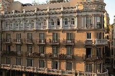 De Las Letras Hotel and Restaurante - The De Las Letras Hotel is located approximately eight miles from Madrid Barajas Airport.