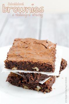čokoládové brownies s vlašskými ořechy Recipes, Food, Fitness, Garden, Garten, Rezepte, Essen, Excercise, Gardening