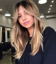 Bangs With Medium Hair, Curly Hair With Bangs, Haircuts With Bangs, Medium Hair Styles, Curly Hair Styles, Trendy Haircuts, My Hair, Long Fringe Hairstyles, Cool Hairstyles