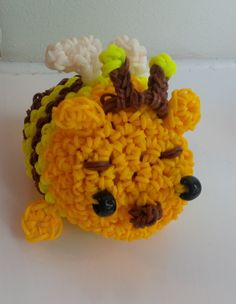 Honeybee Pooh inspired by Tsum Tsum Rainbow Loom Bands, Inspired, Diy, Bricolage, Do It Yourself, Homemade, Diys, Crafting