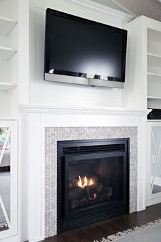 4 Awesome Unique Ideas: Living Room Remodel On A Budget Ikea Hacks living room remodel ideas farmhouse.Small Living Room Remodel Basement Bathroom living room remodel with fireplace floor plans.Living Room Remodel On A Budget Link. Fireplace Built Ins, Farmhouse Fireplace, Fireplace Remodel, Fireplace Mantle, Fireplace Surrounds, Fireplace Design, Fireplace Ideas, Farmhouse Decor, Tile Around Fireplace