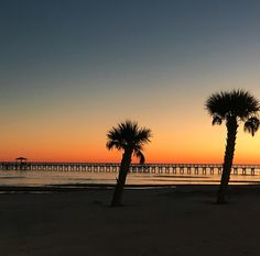 Long Beach, Mississippi.  Photo by my sister-in-law, PWD. ♡