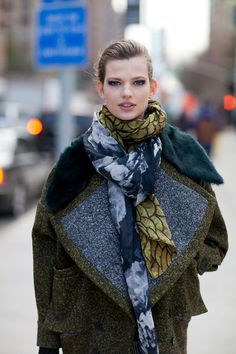Street Style - New York Fashion Week Fall 2013 - scarf layering to coordinate with blue/gray and olive coat. Lovely