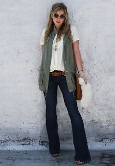 love the slouchy shirt with the vest, such a great transition outfit.