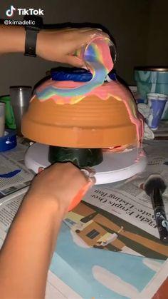 Diy Crafts Hacks, Diy Home Crafts, Diy Arts And Crafts, Creative Crafts, Decor Crafts, Diy Projects, Painted Flower Pots, Painted Pots, Decorated Flower Pots