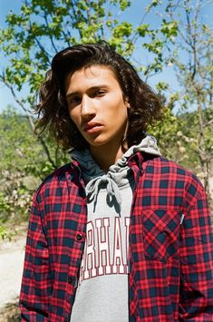 0af767cb311e Carhartt WIP Modernizes Iconic Silhouettes for Spring Summer 2018