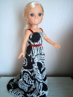 Nancy new con vestido de fiesta