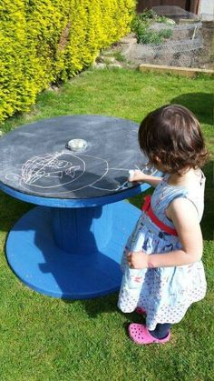 Cable reel chalk board by RubysReels on Etsy Outdoor Play Areas, Outdoor Fun, Outdoor Learning, Outdoor Activities, Cable Reel, Cable Drum, Cable Spool Tables, Outdoor Classroom, Play Spaces