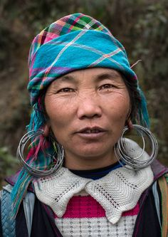 Old Hmong Woman from Sa Pa, Vietnam - The Hmong are ethnic group from the mountainous regions of China, Vietnam, Laos and Thailand. - By @tapshanov