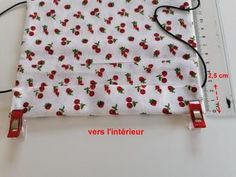 """Tuto : Un masque facial """"avec recharge"""" - Les créations d'Ulane Embroidery Patterns, Mousse, Diy And Crafts, Projects To Try, 19 Mars, Personalized Items, Blog, Bravo, Emily Rose"""