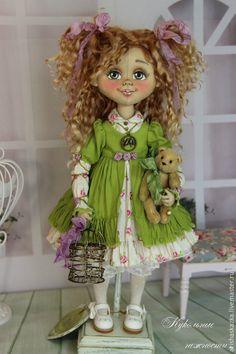 Купить Василиса .Кукла авторская текстильная .Кукла ручной работы . - зеленый, белый, коричневый, розовый. This woman has the cutest dolls! No patterns, she sells the dolls.