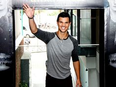 TALL, TAN, YOUNG ... photo | Taylor Lautner