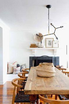 Этот солнечный дом в Newport, штат Калифорния, США был спроектирован дизайнерами студии Squarefoot Interior Design для большой семьи