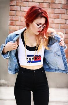 She's too perfect. Her style is incredible, her hair is to die for, and she lives in New York. Le Happy. <3