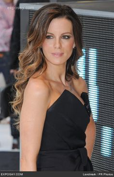 thinking about coloring my hair like hers. suttle ombre, back to my brunette roots.