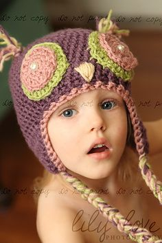 Owl Hat! If I had a little girl, I would make this hat and MAKE her wear it. :)