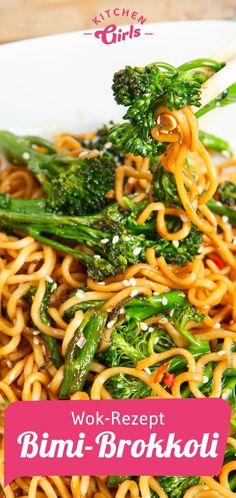 Wok-Rezept Bimi-Brokkoli Wok recipe Bimi broccoli Related posts: Easy Summer Recipe: Cheesy Chicken & Broccoli with Spinach hCG Recipe Wok Recipes, Noodle Recipes, Grilling Recipes, Vegetable Recipes, Pasta Recipes, Vegetarian Recipes, Healthy Recipes, Woks, Spaghetti Recipes