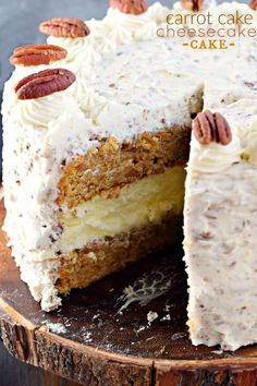 This Carrot Cake Cheesecake Cake is a showstopper! Layers of homemade carrot cake, a cheesecake center and it's all topped with a delicious cream cheese frosting! Köstliche Desserts, Delicious Desserts, Dessert Recipes, Yummy Food, Easter Desserts, Dessert Blog, Delicious Chocolate, Chocolate Ganache, Dinner Recipes