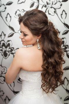 За прическу на длинные волосы, стилисту огромное спасибо. Стилист-визажист Субботина Ирина  +7 916 910 56 34 http://stylistnadom.ru/