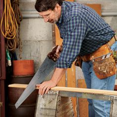 Norm's Notebook: How To Use a Handsaw | Hand Tools | Tools | This Old House