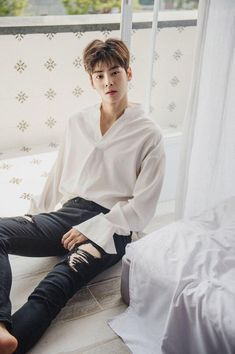 """Keep up and catch up 💋 Korean Men, Asian Men, Asian Actors, Korean Actors, Cha Eunwoo Astro, Kdrama, Lee Dong Min, Choi Jin, Actor"