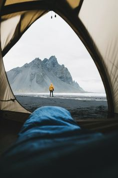 World Camping. Tips, Tricks, And Techniques For The Best Camping Experience. Camping is a great way to bond with family and friends. Camping Life, Camping Hacks, Camping Ideas, Camping Shop, Camping Activities, Outdoor Life, Outdoor Camping, Adventure Awaits, Adventure Travel