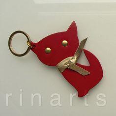 Cat keychain / cat keyfob / cat bag charm Kitten by RinartsAtelier