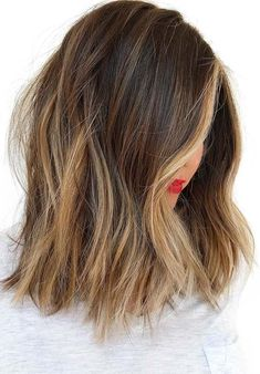 20 Light Brown Hair Looks and Ideas Choppy Brunette Lob with Caramel Blonde Highlights - Station Of Colored Hairs Hot Hair Colors, Ombre Hair Color, Cool Hair Color, Brown Hair Looks, Brown Blonde Hair, Blonde Ombre, Brown With Blonde Balayage, Dark Hair, Partial Balayage Brunettes