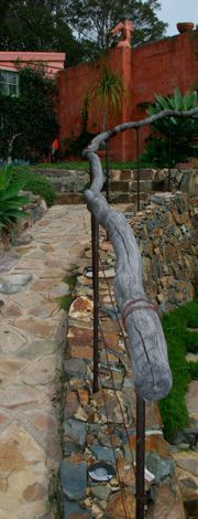 Design by Greg Hatton. (Wood / tree branch or small trunk hand-rail).
