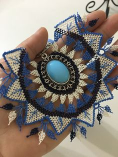 This Pin was discovered by zek Handmade Necklaces, Handmade Jewelry, Point Lace, Needle Lace, Diy Schmuck, Lace Making, Sea Glass Jewelry, Embroidery Art, Crochet Earrings