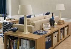 http://archzine.de/wp-content/uploads/2015/04/intelligent-gestaltetes-wohnzimmer-stauraum-schaffen.jpg