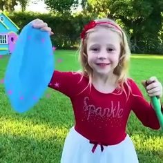Summer Activities For Kids, Summer Kids, Diy Crafts For Kids, Gifts For Kids, Giant Bubbles, Rainy Day Fun, Bridesmaid Proposal, Summer Parties, Baby Girl Fashion