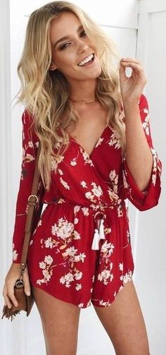 #prefall #muraboutique #outfitideas | Red Floral Playsuit